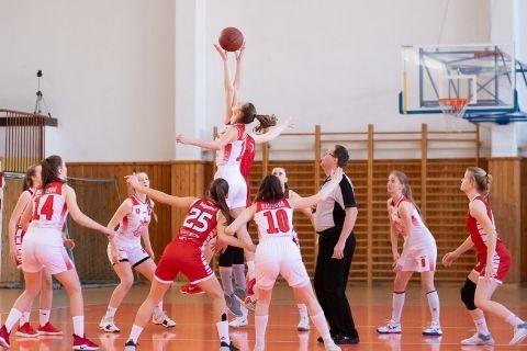 女子バスケットボールの試合
